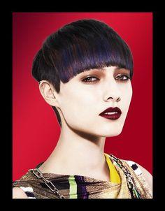 Frange e ciuffi on pinterest bangs coiffures and short fringe - Coupe courte femme avec frange ...