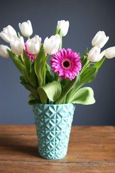 Bunch of flowers and pastel blue flower vase Marcel Meduse Marcel, Hall Deco, Tulip Bouquet, Meadow Flowers, Bunch Of Flowers, France, Pastel Blue, Flower Vases, Decoration