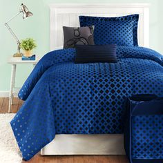 Another Bedding option. Like this in Blue, but doesn't come with sheets....