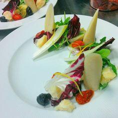 #Catering with @chefmoe_73 Artichoke heart of palm black olive sundried tomato and radicchio salad.  #EatFamous  #feedfeed #foodandwine #foodpics #foodblog #instafood #food #foodporn #truecooks #gastronomy #beautifulcuisines #nomnomnom #dontshootthechef #nomnom #culinary #gastropost #foodstarz  #nofilter #chefsroll #gastroart #theartofplating #chefsoninstagram #yumyum #yum #hipsterfoodofficial #foodphotography #mtlfood #chefstalk by ajpiperni1
