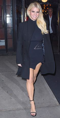 Jessica Simpson -- Check Out My Black Dress ... Perfect for Hiding Babies