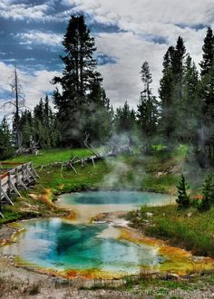 West Thumb Yellowstone National Park Wyoming USA - photography by Somnath Mukherjee Places To Travel, Places To See, Places Around The World, Around The Worlds, Us National Parks, Travel Usa, Usa Roadtrip, Alaska Travel, Alaska Cruise
