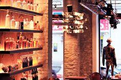 addicted to rock//Vienna//shop design//bar//restaurant//drinks//concept Restaurant Drinks, Lokal, Vienna, Liquor Cabinet, Concept, Rock, Store, Design, Home Decor