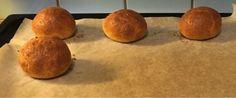 3 Egg1/2 pakke Philadelphia ost1 ts salt3 ts bakepulver3 ss FiberhuskSett ovnen på 200 graderBlan...