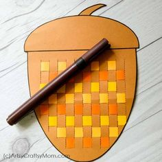 These Paper Weaving Fall Printables are perfect to strengthen and keep those little fingers busy this season! Also helps to improve concentration and hand-eye coordination in little kids. Master Class, School Clubs, Aa School, Improve Concentration, Fall Preschool, Paper Weaving, Autumn Art, Motor Activities, Thanksgiving Crafts