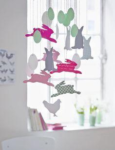 fensterbilder basteln f r ostern mit vorlage muster papier und bastelarbeiten aus papier. Black Bedroom Furniture Sets. Home Design Ideas