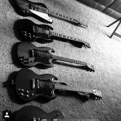 Gibson collection from @iremembernothing #guitarspotter #gibson