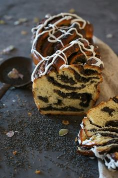 Anna's kleiner Mohnstriezel Marzipan, Recipies, Muffin, Anna, Cookies, Baking, Breakfast, Desserts, Food Blogs