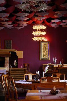 Portugal - Albufeira - Thai Restaurant - Interior   by Darrell Godliman