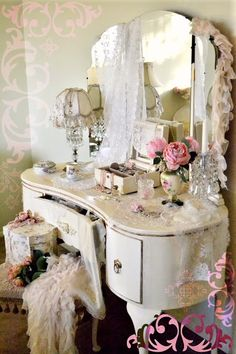 Dressing Table Inspiration From Tumblr.