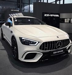 Luxury Sports Cars, Top Luxury Cars, Sport Cars, Carros Mercedes Benz, Mercedes Benz Cars, Mercedez Benz, Lux Cars, Car Goals, Fancy Cars