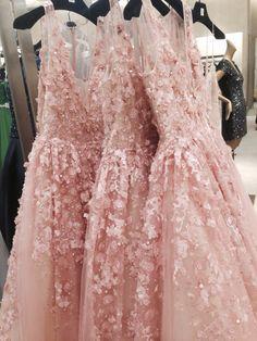 Saks Dama Dresses, Prom Dresses, Formal Dresses, Wedding Dresses, Pink Fashion, Couture Fashion, Fashion Dresses, Pretty Dresses, Beautiful Dresses