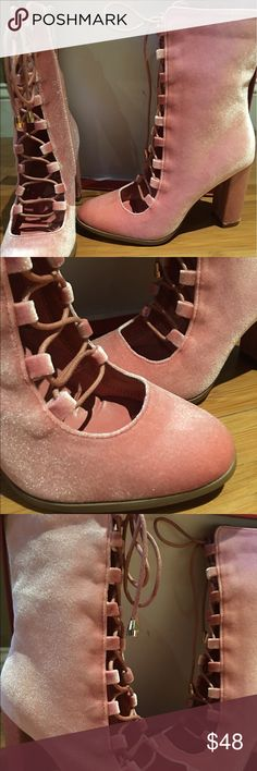 Velveteen Baby Pink Victorian Booties 6.5 (True) Lace up vintage style pink soft velvet booties. These boots are true to size and fit perfectly. You'll find these booties soft and perfect to wear with high waisted skater skirts and oversized blouses. #booties #croppedboot #velveteen #softpink #laceup #hausofgiovanni #pinkshoes #laceup hausofgiovanni Shoes Ankle Boots & Booties