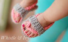 crochet-baby-flip-flop-sandals-fi