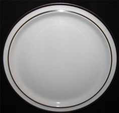 Noritake TUNDRA 8959 Dinner Plates Lot of 4 by libertyhallgirl