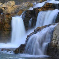 Sur la Cèze : les cascades du Sautadet - Yann Riché. LE GARD PROVENCAL