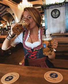 Dresses for Women Oktoberfest Outfit, Oktoberfest Beer, German Women, German Girls, Octoberfest Girls, Beer Girl, German Beer, Beer Festival, Root Beer