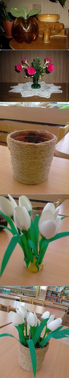 Цветы из одноразовых стаканчиков и ложек.