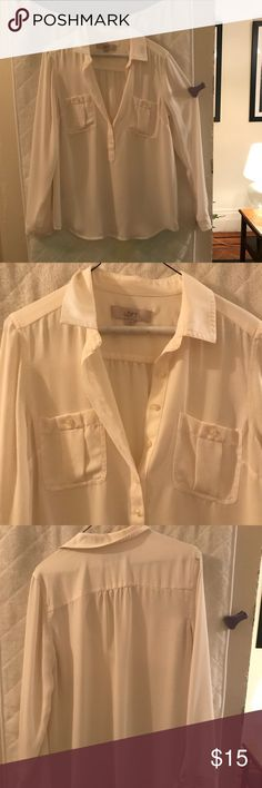LOFT cream button down blouse - sz S LOFT - pretty cream collared blouse.  Buttons half way down the front.  Size small LOFT Tops Blouses