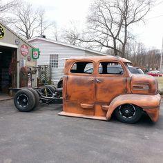 "Képtalálat a következőre: ""rat rod coe trucks"" Hot Rod Trucks, Cool Trucks, Big Trucks, Old Ford Trucks, Pickup Trucks, Bagged Trucks, Custom Trucks, Custom Cars, Classic Trucks"