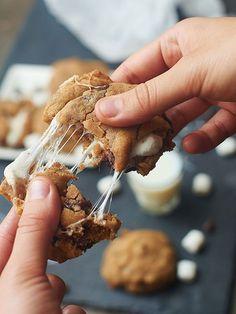 Marshmallow Stuffed PB Chocolate Chip Cookies showmetheyummy.com