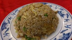 西來順の「三鮮炒飯」 三鮮とは三種類の具のことらしい。 中身はエビ、イカ、豚肉とのこと。