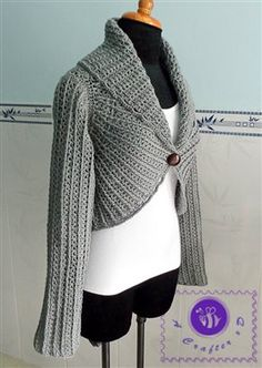 This crochet cardigan is beautiful. I love the collar. Sleeved circle vest - Media - Crochet Me