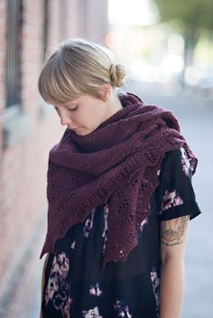 So pretty. I love a shawl that can double as a scarf. #knitting #shawl #fallfashion