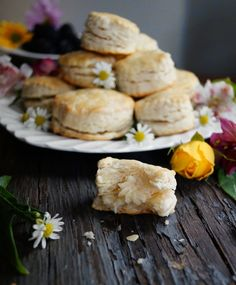 Honeybutter-filled Pop Biscuits from The Faraway Tree series by Enid Blyton.