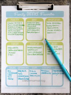 Kitchen Month – Family Dinner Favorites – FREE Printables Menu planning is a really hot concept right now. I would guess that either you are totally on board or don't have time for it – am I right? The beauty of menu planning is that it ultima… Planning Menu, Planning Budget, Planning Calendar, Financial Planning, Crockpot, Clean Mama, Home Binder, Home Management Binder, Freezer Meals