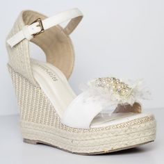 Ladies Beach Wedding wedges with pearl and tulle by ForeverSoles Wedding Wedges, Wedge Wedding Shoes, Beach Wedding Shoes, Beach Wedding Hair, Wedding Heels, Wedge Shoes, Wedding Shit, Wedding Lace, Wedding Dresses