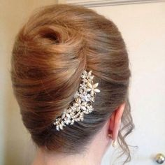 Trendy Wedding Hairstyles Updo Step By Step French Twists French Roll Hairstyle, French Twist Updo, French Twists, Twist Bun, Casual Wedding Hair, Trendy Wedding, Wedding Simple, Wedding Updo, Gold Wedding