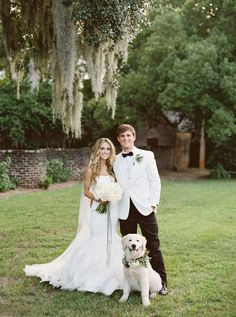 Photography: Simply Sarah Photography - simplysarah.me   Read More on SMP: http://www.stylemepretty.com/2016/10/25/classic-charleston-summer-plantation-wedding/