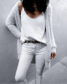 Jazy Goh + killing it + all white spring outfit + jeans + tank top + gorgeously soft faux fur cardi from + leather belt + break up the total white wash Top: Saboskirt, Cardi: Asos, Jeans: Parker Smith. Jazy Goh + killing it + all white spring outfit. Komplette Outfits, White Outfits, Girly Outfits, Jean Outfits, Spring Outfits, Casual Outfits, Fashion Outfits, Fashion Trends, Fashion Tips