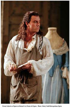 Erwin Schrott - as Figaro. The Met