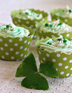 Baileys Irish Cream Cupcakes.