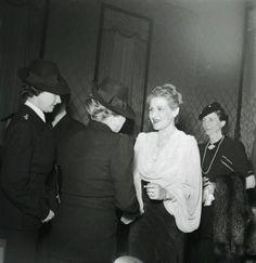 Magda Goebbels welcoming some ladies for the international Frauentreffens in 1941.