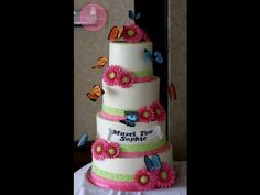 Just an inside view into the icing, assembling, and decorating of one of my four tier cakes with sugar flowers and butterflies attached- starting at my home . Fondant Flower Tutorial, Cake Tutorial, Fondant Flowers, Cupcakes, Cupcake Cakes, Beautiful Cakes, Amazing Cakes, Butterfly Cakes, Butterflies