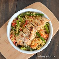 Roasted Red Pepper and Asparagus Quinoa | 27 Five-Ingredient Dinners That Are Actually Good For You