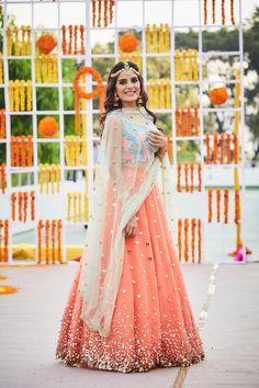 The latest collection of Bridal Lehenga designs online on Happyshappy! Find over 2000 Indian bridal lehengas and save your favourite once. Choli Designs, Lehenga Designs, Lehenga Sari, Bridal Lehenga, Anarkali, Orange Lehenga, Sabyasachi Lehengas, Sarees, Saree Gown