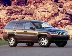 """JEEP® GRAND CHEROKEE (WJ) 1999-2004. En 1999, el nuevo Grand Cherokee debutó como """"el utilitario deportivo más capaz de todos los tiempos""""."""