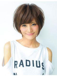 アフロート ジャパン AFLOAT JAPAN ナチュラルな大人かわいい小顔デザインショートヘア