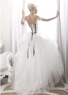 robe de mariée noire et blanche atelier aimée