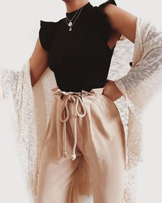 beautiful summer outfits - Find the most beautiful outfits for your summer ., beautiful summer outfits - Find the most beautiful outfits for your summer look. Mode Outfits, Trendy Outfits, Summer Outfits, Fashion Outfits, Fashion Trends, Winter Outfits, Pink Outfits, Fashion 2017, Dress Outfits