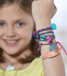 Learn how to make friendship bracelets // Kids Crafts on Joann.com