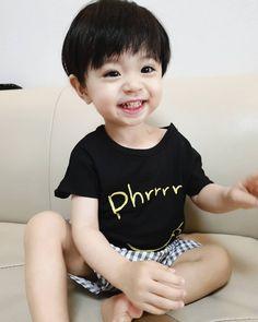 Cute Asian Babies, Korean Babies, Cute Babies, Cute Baby Boy, Sons, Ulzzang Kids, People, Beautiful Babies, Bebe