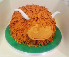 Highland cow Scottish cake