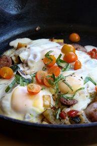Spanish Egg and Sweet Potato Breakfast Scramble - (Free Recipe below) Healthy Sweet Snacks, Nutritious Snacks, Healthy Breakfast Recipes, Brunch Recipes, Healthy Recipes, Healthy Breakfasts, Healthy Meals, Free Recipes, Healthy Food