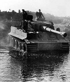 A Tiger 1 crossing a river