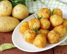 Croquettes simples au four : www.fourchette-et. Potato Recipes, Veggie Recipes, Wine Recipes, Vegetarian Recipes, Cooking Recipes, Healthy Recipes, Chicken Croquettes, Light Appetizers, Portuguese Recipes